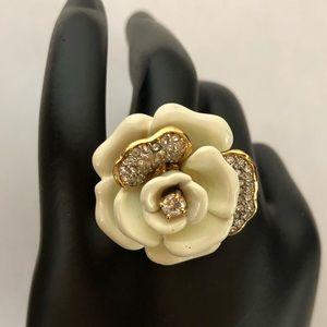 Gorgeous Retired Betsey Johnson Creme Crystal Ring